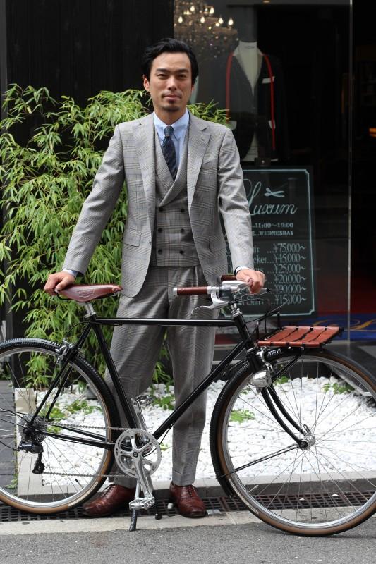 オーダースーツやスーツスタイルに抜群に合う自転車