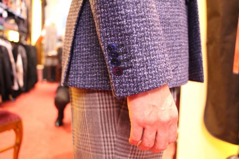 ジャケット&パンツで楽しむ「カジュアルフライデー」ってご存知ですか?