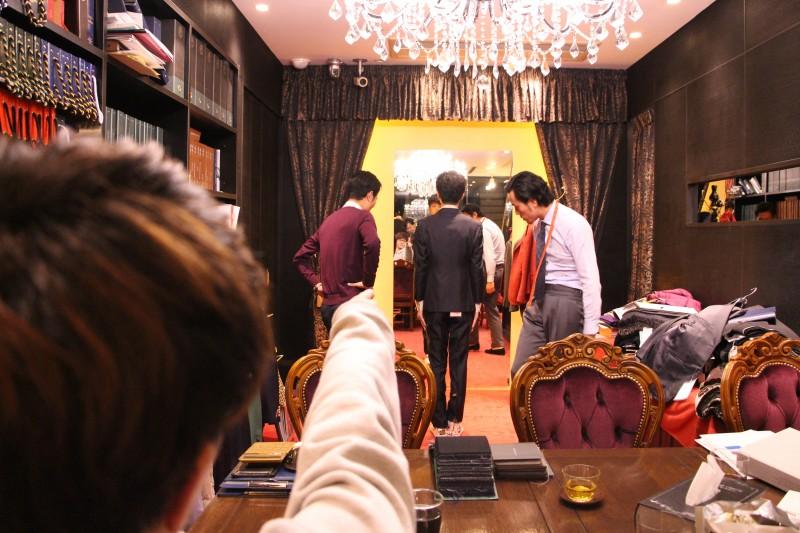 ハイスクールマンザイ2018(H-1甲子園)の優勝者「アグレッシブ」のお二人にご来店いただきました。