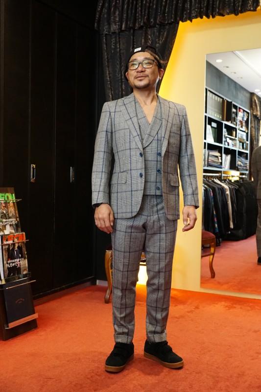 オーダースーツを大阪まで購入されにお越しになった福井の鳶職人さんのT様。