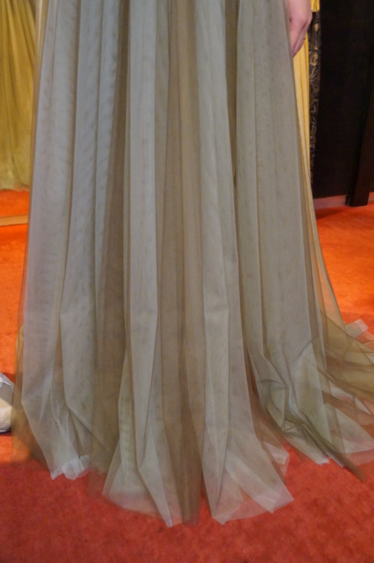 カジュアルウェディングドレス